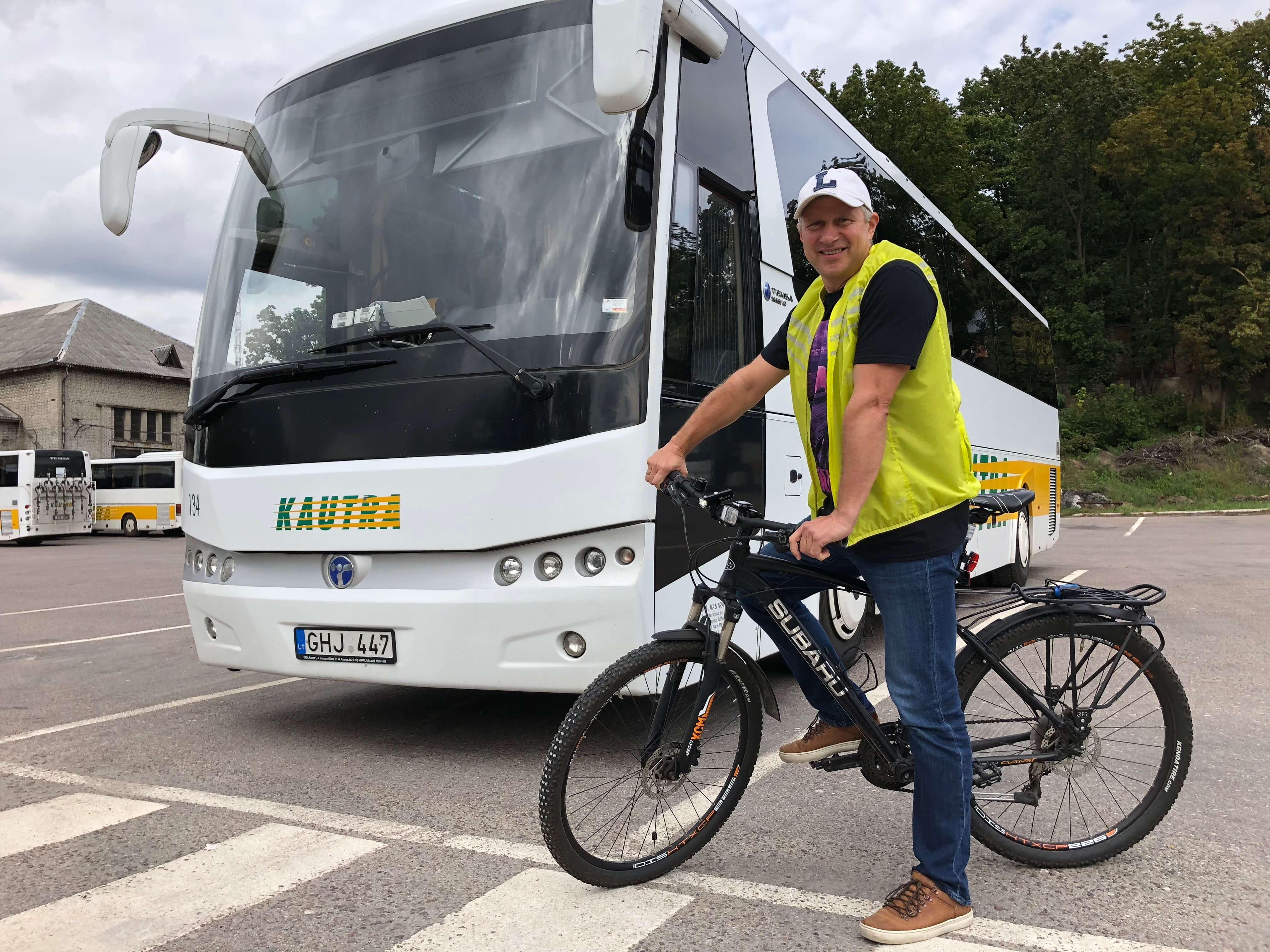 Dviratis autobusu Kautra Linas Skardžiukas